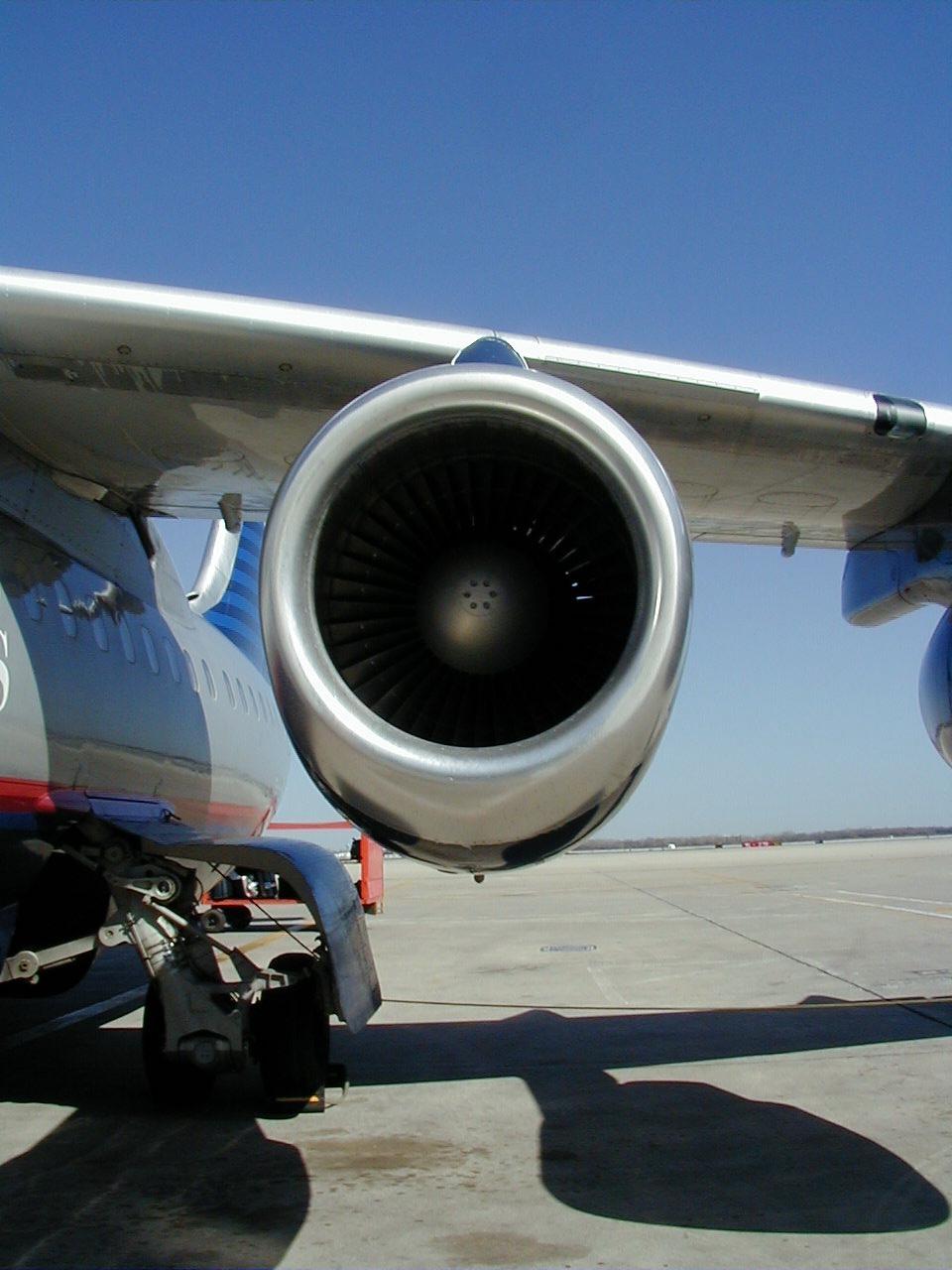 Lentokoneen Moottori