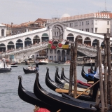 The Rialto bridge and gondolas in the Grande Canale