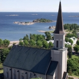 Hanko church at Vartiovuori, the Finnish bay in the background