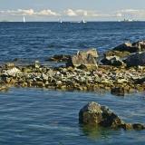 A rocky shoreline at Länsi-Musta