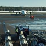 Avro RJ100 taxiing