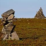 Stone piles atop Kuskoiva
