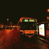 Bussi 66 Länsi-Pakilaan Rautatientorilla