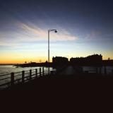 Länsi-Mustasaari saarelle Pikku Mustasaaresta vievältä sillalta nähtynä