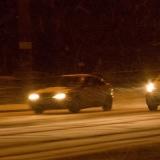 Autoja lumimyräkässä Mannerheimintiellä