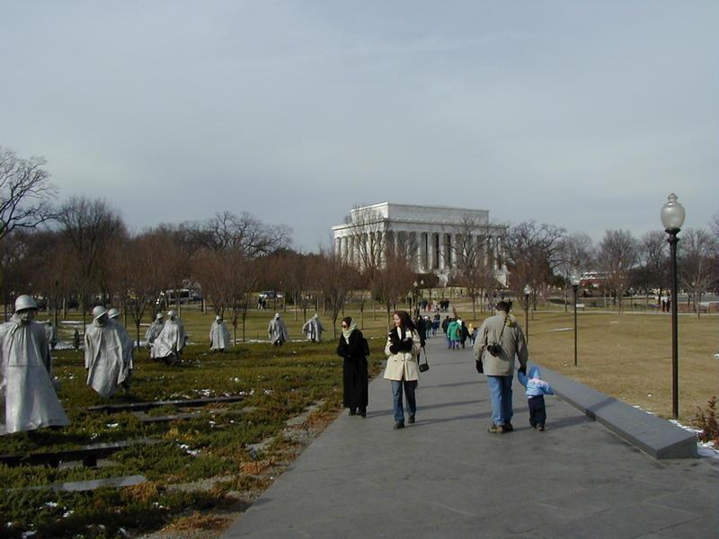 Korean sodan ja Abraham Lincolnin muistomerkit