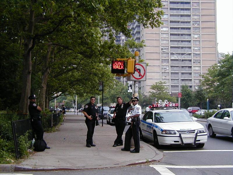NYPD:n viranomaisia Brooklynissä
