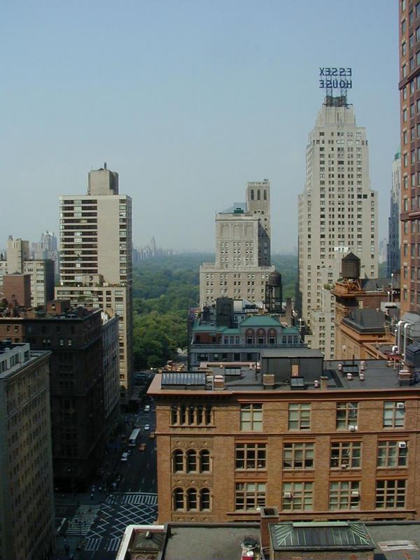 Näkymä hotellihuoneen ikkunasta Central Parkiin