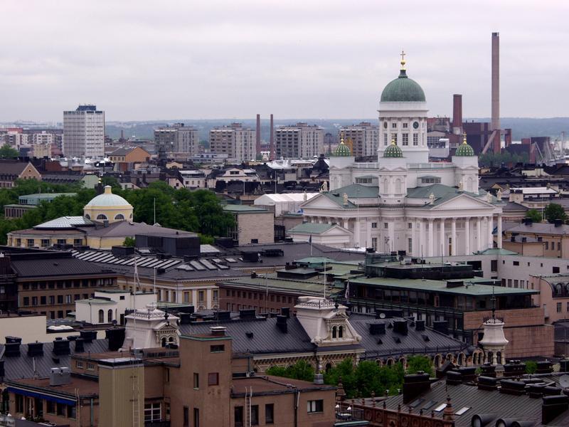 Näkymä Erottajan paloaseman tornista Tuomiokirkolle
