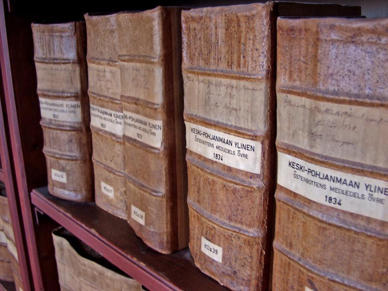 Vanhoja kirkonkirjoja Kansallisarkistossa