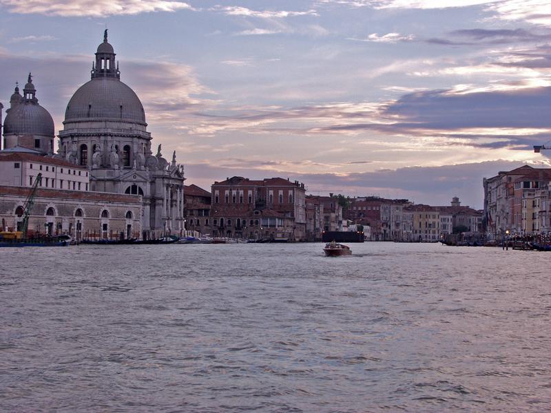 The Santa Maria della Salute church and the Grande Canale