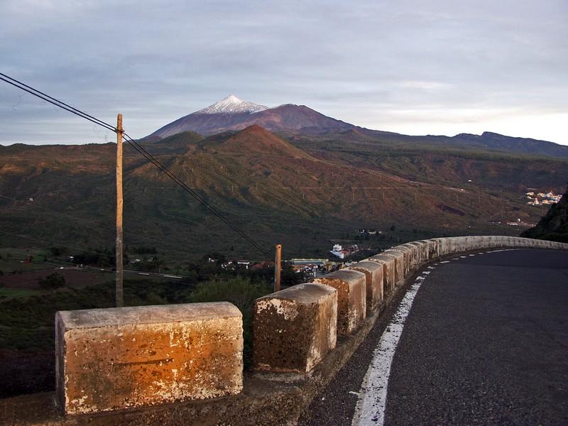 Teide ja Santiago del Teiden kylä