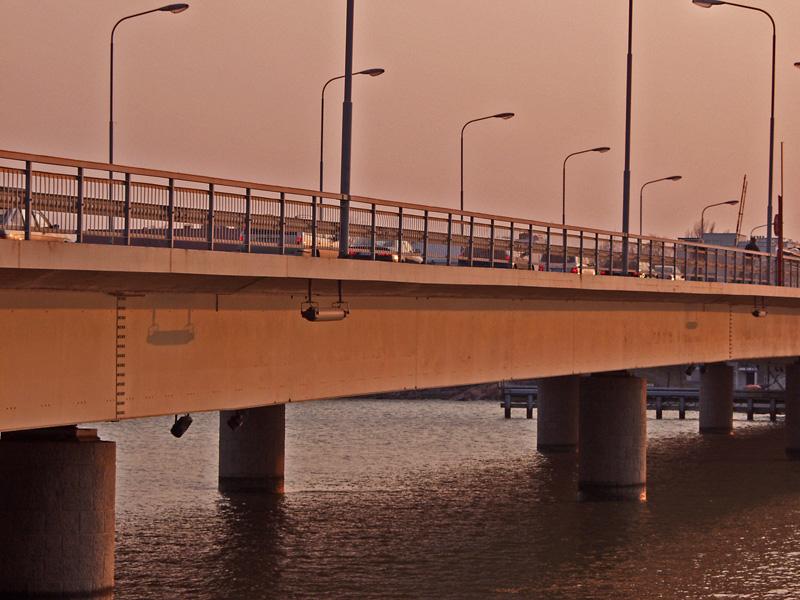 Lauttasaaren silta