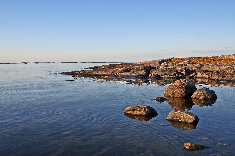 Rocky beach as Kistören island