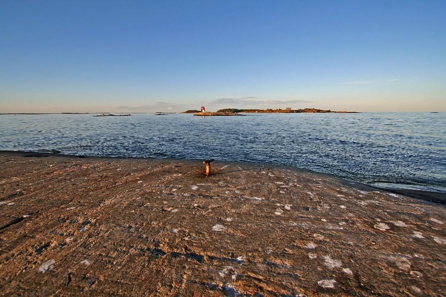 Kistörenin rantakallio