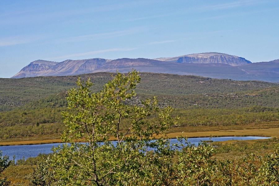 Skandeihin kuuluvia vuoria Pohjois-Norjassa