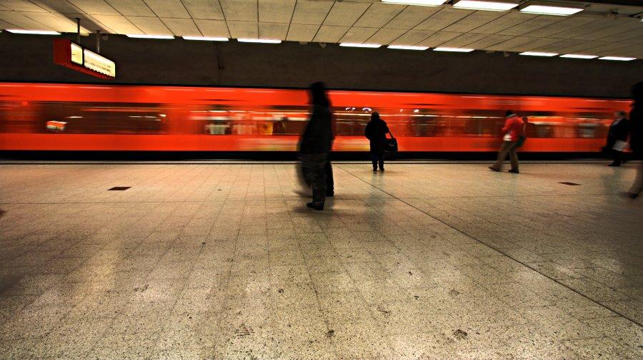 Metro Kampin pysäkillä
