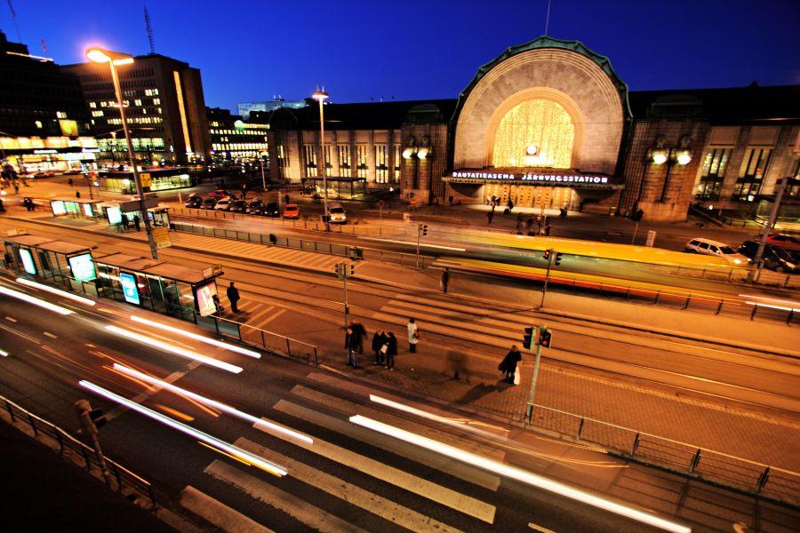 Kaivokatu Rautatieaseman edustalla