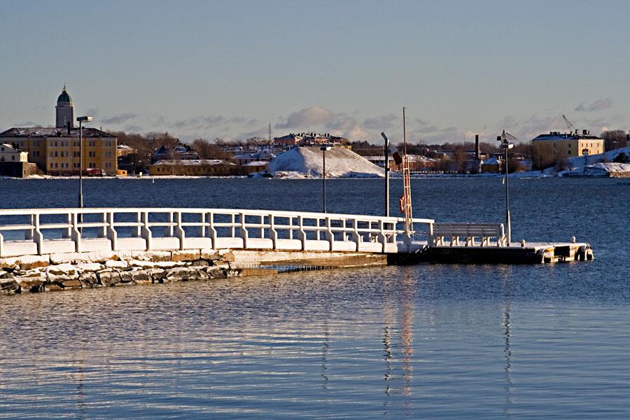 Pier at Kaivopuisto and Suomenlinna sea fortress