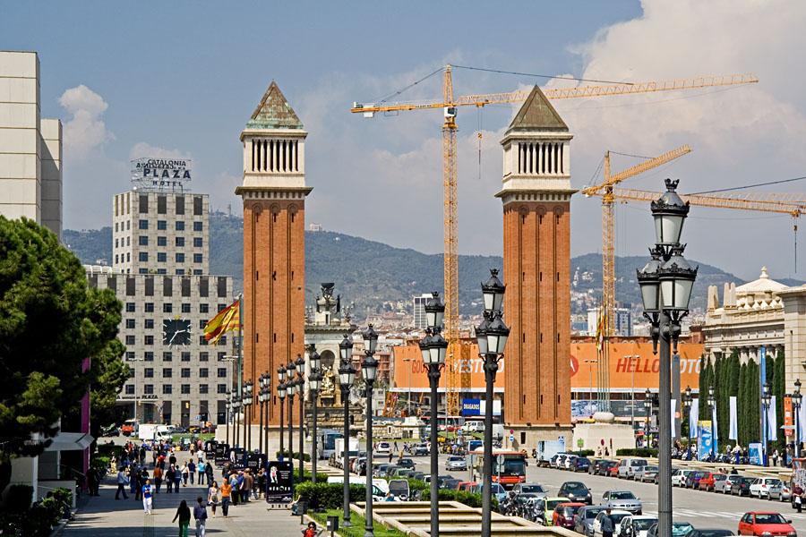 Katunäkymä Plaça d'Espanyalta