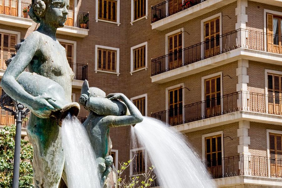 Turia fountain at the Plaça de la Verge
