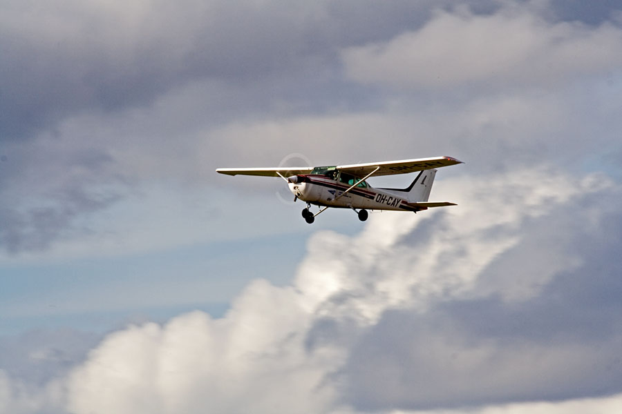 Finnairin lentokerhon Cessna 172P Skyhawk II OH-CAY
