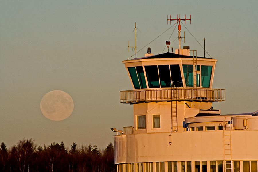 Helsinki-Malmi airport at full moon