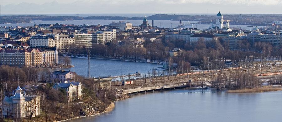 Näkymä stadionin tornista Linnunlaulun ja Kruununhaan suuntaan