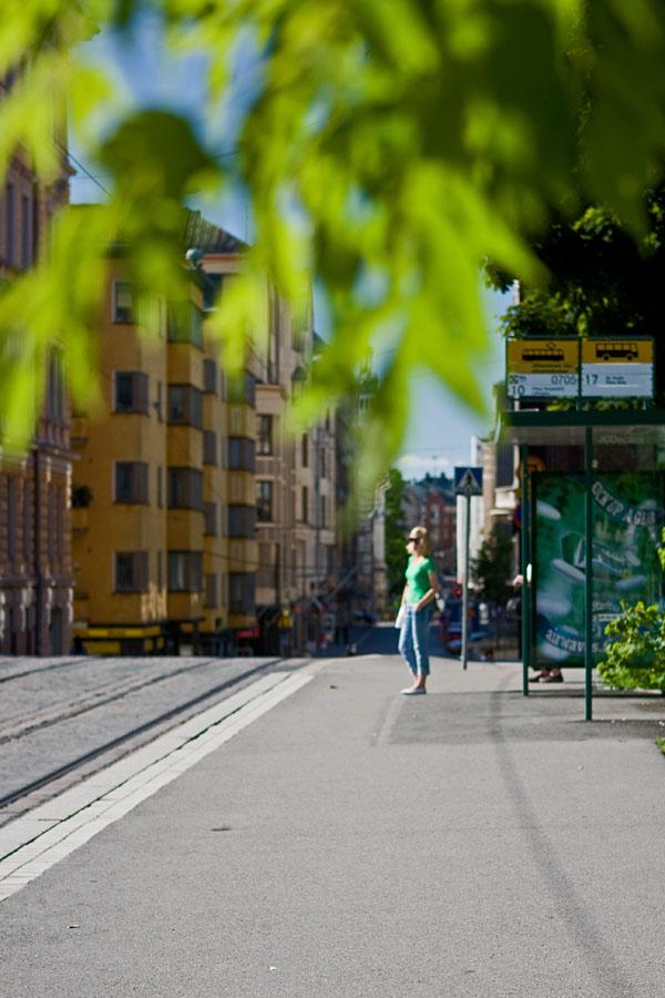 Bussi- ja raitiovaunupysäkki Yrjönkadulla
