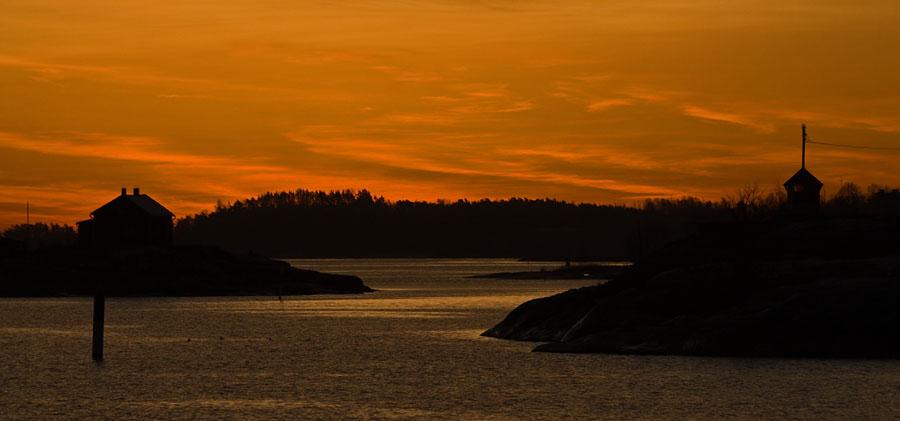 Ryssänsaari, Valkosaari beacon and the morning glow