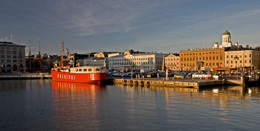 Lightship Helsinki at the Market square
