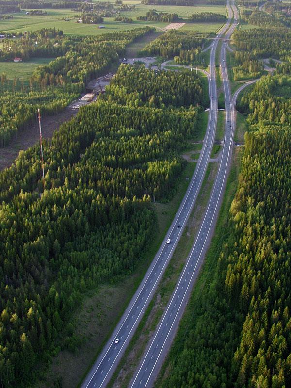 The highway from Helsinki to Lahti at Mäntsälä, construction of the