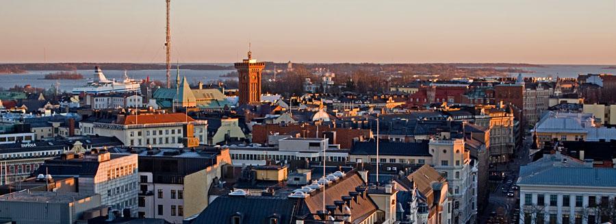 Eteläistä Helsinkiä panoraamassa