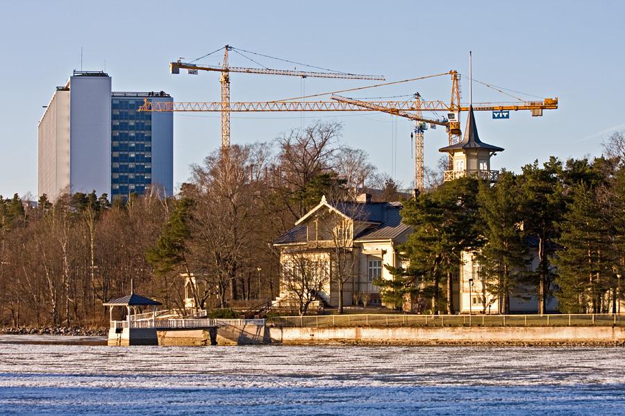 Kesäranta,prime minister's official residence and Meilahti hospital