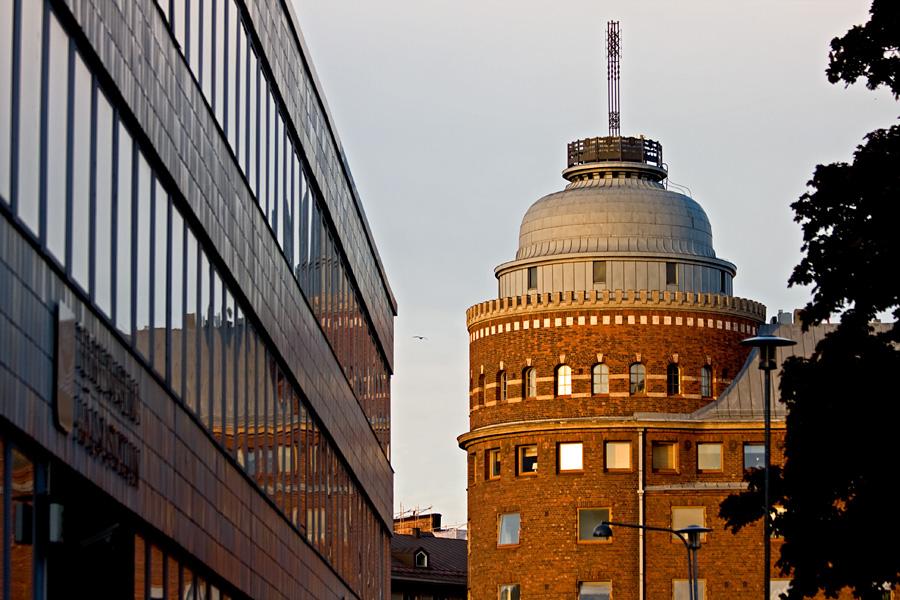 Arena-talo tower and Kallio health center