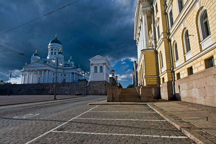 Helsinki cathedral and Government palace