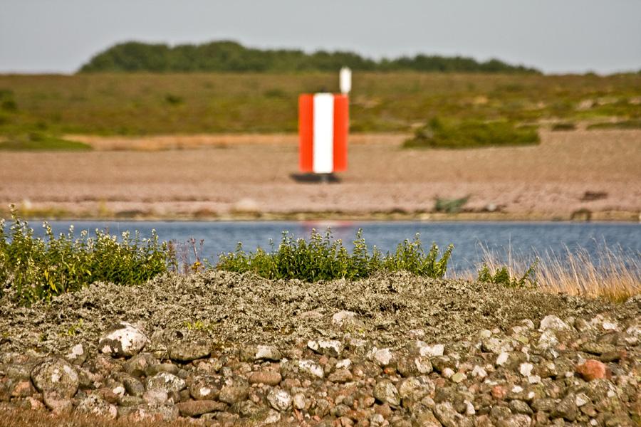 Linjataulu rannalla