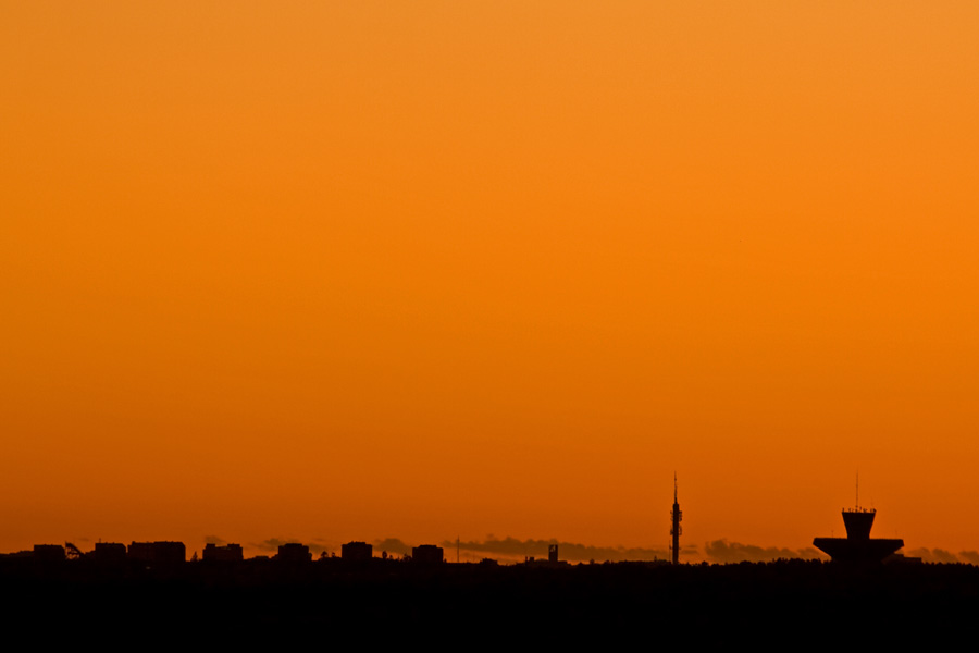 Helsinki silhouette: Linnanmäki amusement park, Iso Paja, Pasila transmission tower and Myllypuro water tower