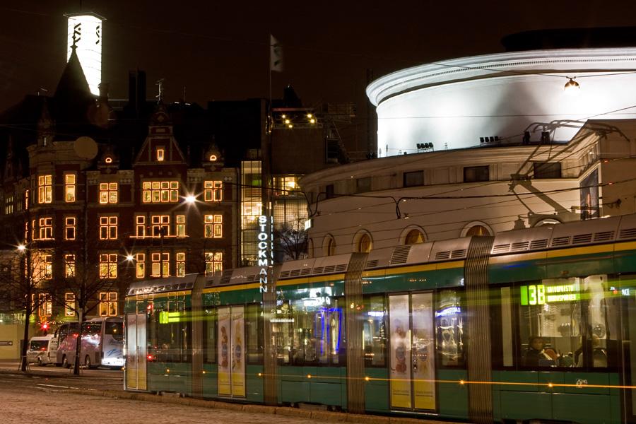 Tram 3B on Mannerheimintie in front of the swedish theatre