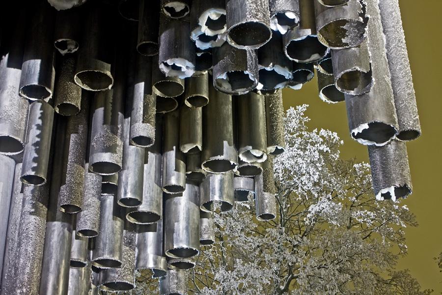 Yksityiskohta Sibelius-monumentissa