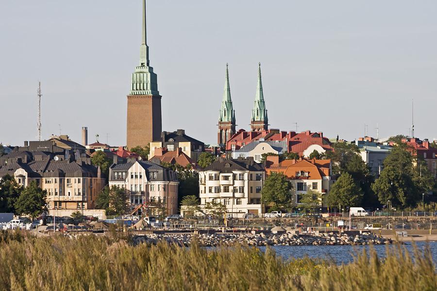 Eiranranta, Eiran mäki ja Mikael Agricolan ja Johanneksenkirkon tornit