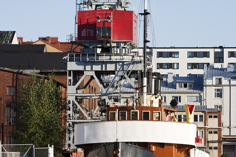 The port ice breaker S/S Turso with the Hietalahti dockyard in the background