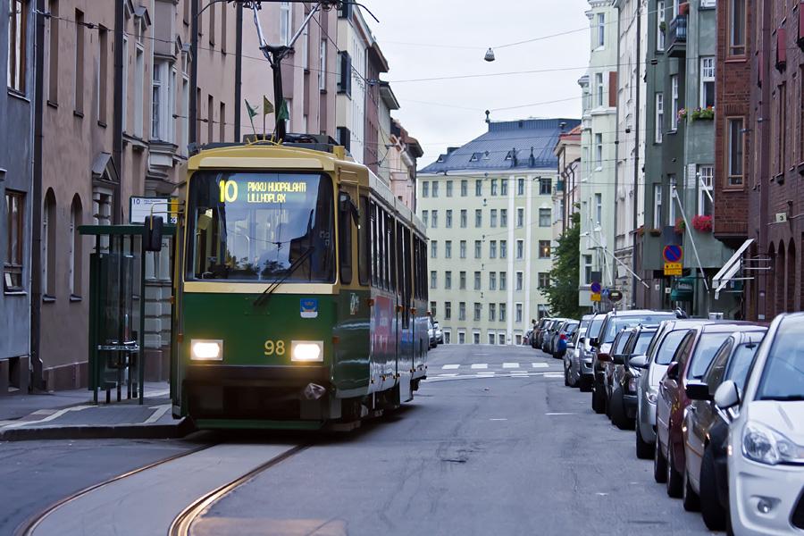Tram Suomeksi