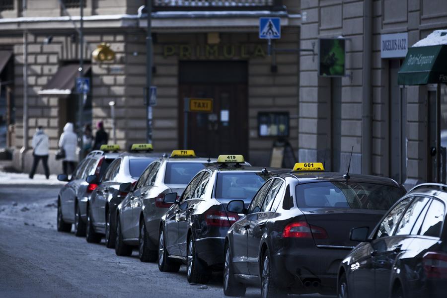 Taksit jonossa