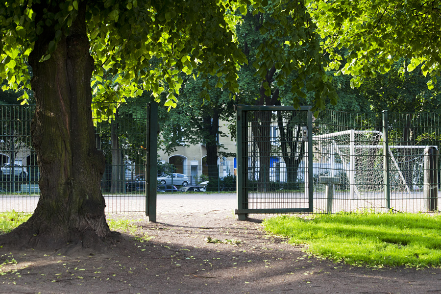 Tehtaanpuisto sports field